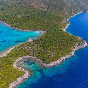 8 Tage luxuriöses Ferienhaus an der Adriaküste direkt am Strand mit Garten & Pool nur 187€