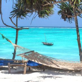 Frühbucher Inselfeeling: Hin- & Rückflüge nach Sansibar mit Lufthansa nur 344€