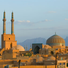 Günstig in den Iran: Flüge hin & zurück nach Teheran inkl. Gepäck nur 177 €