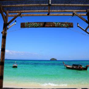 Die Malediven Thailands: 13 Tage auf Koh Lipe im Beach-Bungalow mit Flug und Fähre nur 514 €