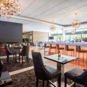 Crown Plaza Bar