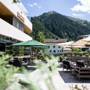 Arlmont Tirol Terrasse