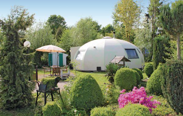 UFO mit Garten