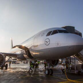 Lufthansa Gepäck: Gebühren, Regelungen und Preise für Aufgabegepäck & Handgepäck
