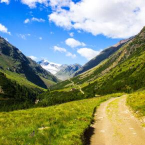 3 Tage Wellness in Tirol im tollen 4* Hotel nahe Leutaschklamm inkl. Halbpension & Extras ab 149€