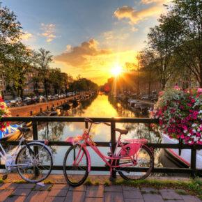 Sommer-Wochenende in Amsterdam: 2 Tage Kurztrip im 4* Design-Hotel für 30€