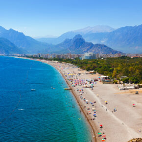 Single-Deal Türkei: 9 Tage Side im 3* Hotel mit All Inclusive, Flug & Transfer nur 192€