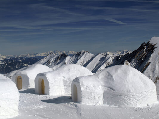 Iglus in den Bergen, Kitzsteinhorn, Austria