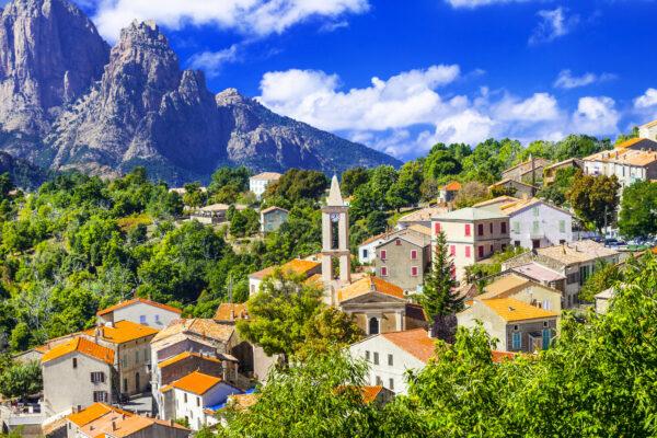 Korsika Dorf Berg