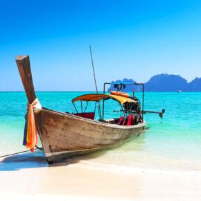 14 Tage Phuket im 4* Hotel inkl. Frühstück, Flug, Transfer & Zug für 812€