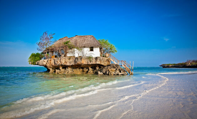 Restaurant auf Fels auf Sansibar