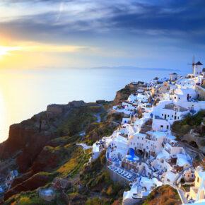 8 Tage auf der griechischen Trauminsel Santorini inkl. 3* Hotel & Direktflug nur 188€