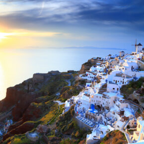 Frühbucher Santorini: 7 Tage mit TOP Hotel & Condor Flug nur 295€
