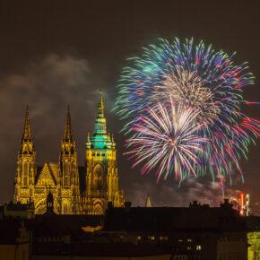 Die besten Silvester Schnäppchen in Prag im Hostel oder 5* Hotel bereits ab 18€