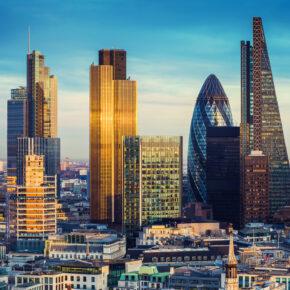 Alleinreisende im Sommer: Tagestrip nach London mit Hin- & Rückflug nur 19€