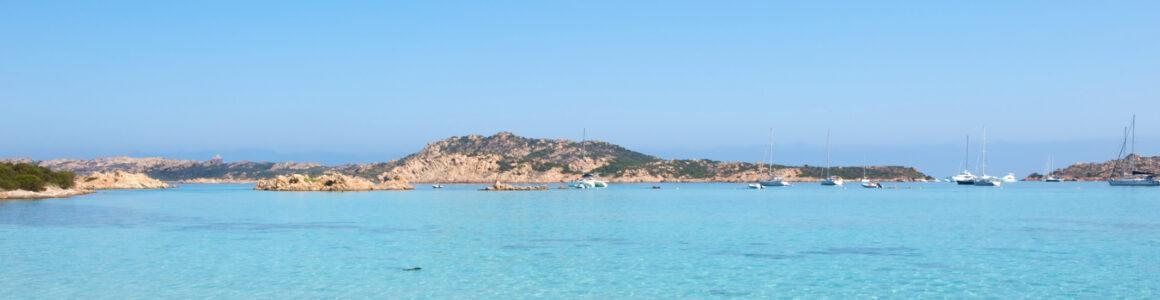 Frühbucher: 5 Tage Sardinien mit 3* Hotel & Flügen für nur 112 €