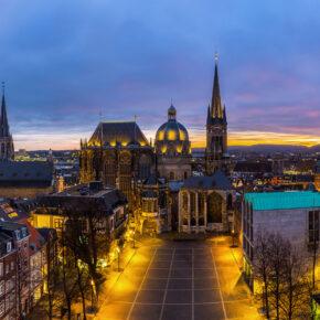 Der Winter kommt: 2 Tage ausgezeichneter Weihnachtsmarkt in Aachen mit Hotel ab 24€