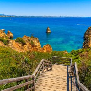 Fly & Drive: 8 Tage Algarve Roadtrip mit Flug & Mietwagen nur 21€