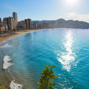Spanien: 8 Tage Alicante im guten Apartment mit Flug nur 76€