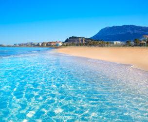 Türkisblaues Meer an der Costa Blanca: 8 Tage in Alicante mit eigener Unterkunft & Flug nur 125€