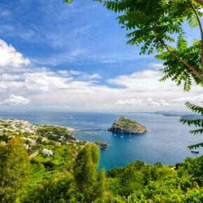 Bella Italia: 7 Tage auf der Vulkaninsel Ischia mit 3* Apartment & Flug für 106€