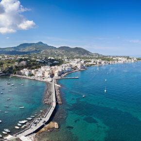 8 Tage auf Ischia im TOP Hotel mit Frühstück & Flug nur 182 €