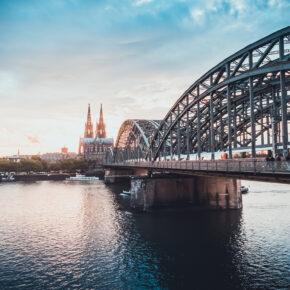Städtetrip übers Wochenende: 2 Tage Köln im neuen 4* Hotel nur 34,50€