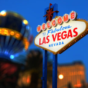Ab ins Casino: Hin- & Rückflug für 8 Tage Las Vegas nur 266€