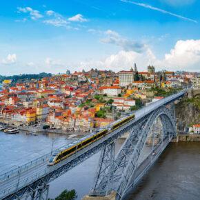 Langes Wochenende in Porto: 4 Tage Städtetrip mit zentralem Hotel & Flug nur 75€