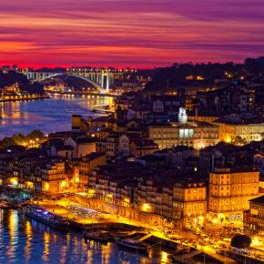 Wochenende: 3 Tage nach Porto mit gutem Hotel, Frühstück & Flug nur 73€