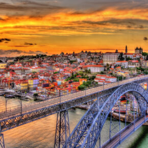 3 Tage nach Porto mit zentralem 3* Hotel & Flug nur 54€