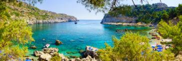 Ab auf die Insel: 7 Tage Rhodos im 4,5* Hotel mit Halbpension, Flug, Transfer & Zug nur 455€
