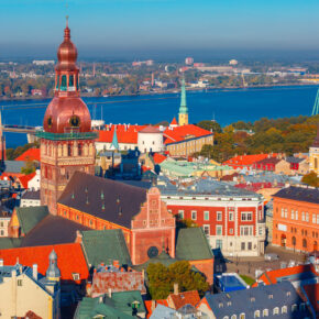 Städtetrip nach Riga: 3 Tage im TOP 4* Hotel mit Frühstück & Flug ab 139€