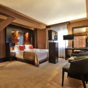 Platinum Palace Standard Zimmer