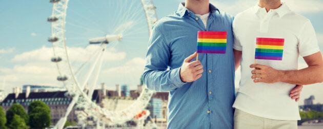 Gay Reisen Städtetrip Regenbogenfahne