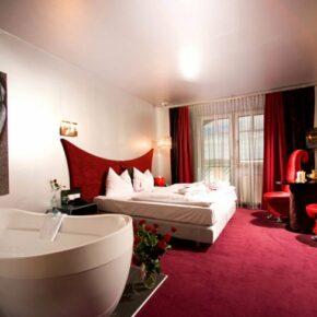 Maiers Kuschelhotel Zimmer mit Badewanne