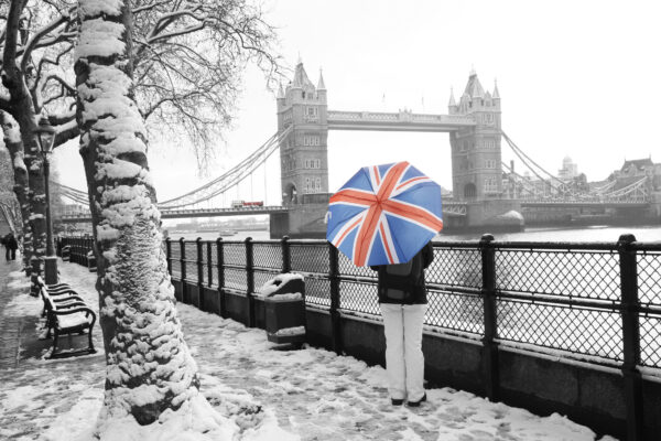 London im Winter vor Tower Bridge