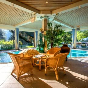 Alpenhotel Indoor Pool