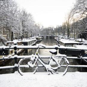Traum-Wochenende in Amsterdam: 3 Tage im 4* Hotel mit Skybar & Frühstück für 119€