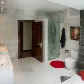 Ferienvilla Lanzarote Badezimmer