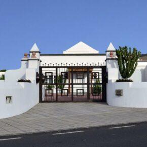 Ferienvilla Lanzarote Eingangstor