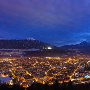 Winterurlaub: 3 Tage am Wochenende in Innsbruck im 4* Hotel inkl. Iglu Bar & HP ab 162€