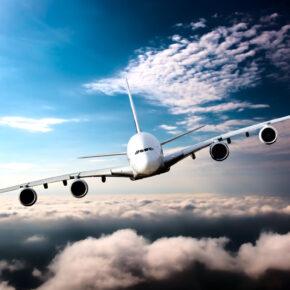 Fliegen in der Zukunft: Trends, Treibstoff & Tickets