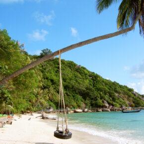 Thailand: 17 Tage Koh Phangan in TOP Strandunterkunft mit Flug für 473€