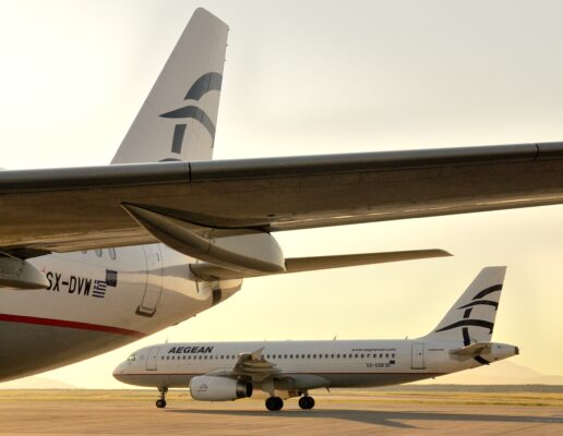 Aegean Airlines Flugzeuge Rollfeld