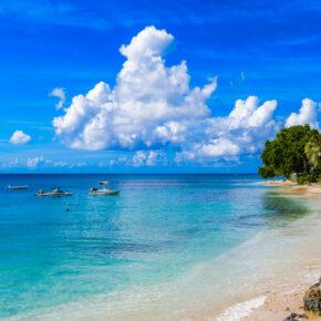 Barbados: 15 Tage mit Hotel am Meer, Frühstück & Flügen nur 698€