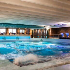 Beach Hotel Noordijk Wellenbad