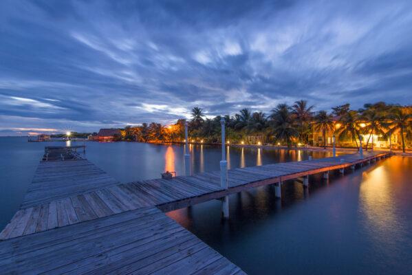 Belize Nachts Steg Meer Küste