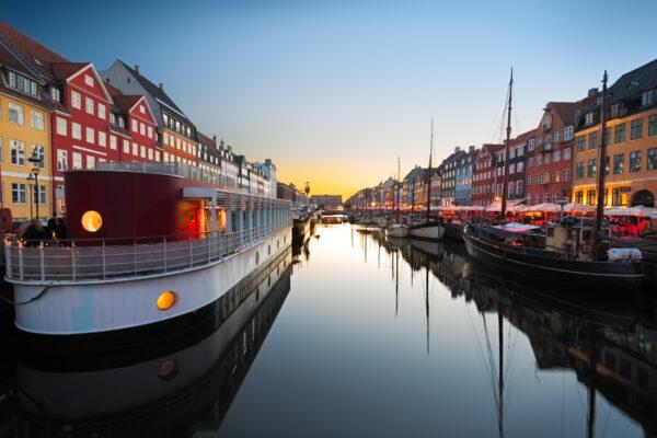 Dänemark Kopenhagen Fluss Boot