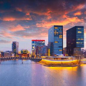 Wochenende im Sommer: 2 Tage nach Düsseldorf ins 5* Hilton Hotel mit Frühstück nur 44€